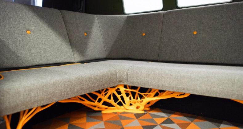 korištenje generativnog dizajna na klupama volkswagen kombija