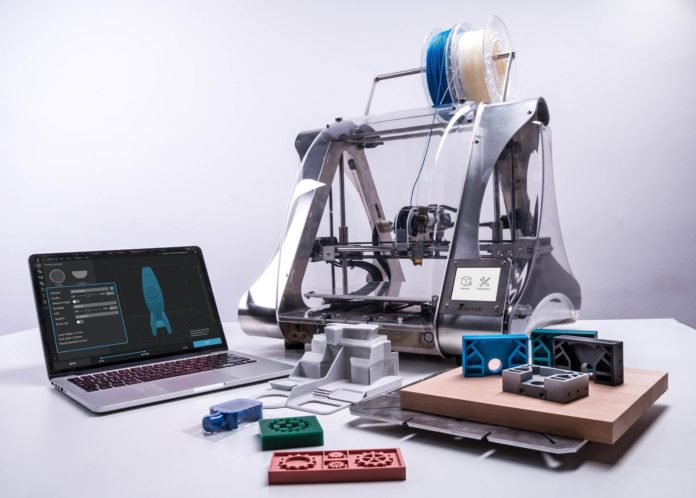 Additive Micromanufacturing (µAM): a Big Breakthrough on a Small Scale