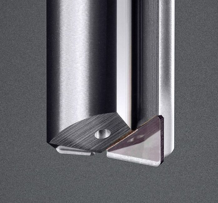 Diamond tooling for machining hard materials